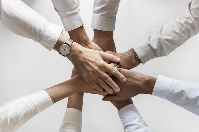 jak utrzymać dobre relacje z pracodawcą