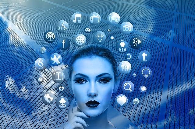 jak zarabiać w mediach społecznościowych?