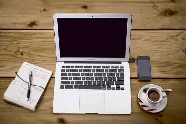 Kupowanie przez internet – czy warto?