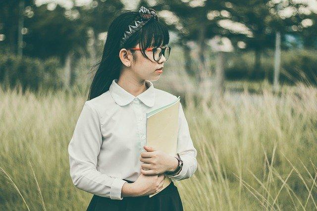 Nauka czytania, czyli jak pomóc dziecku czytać